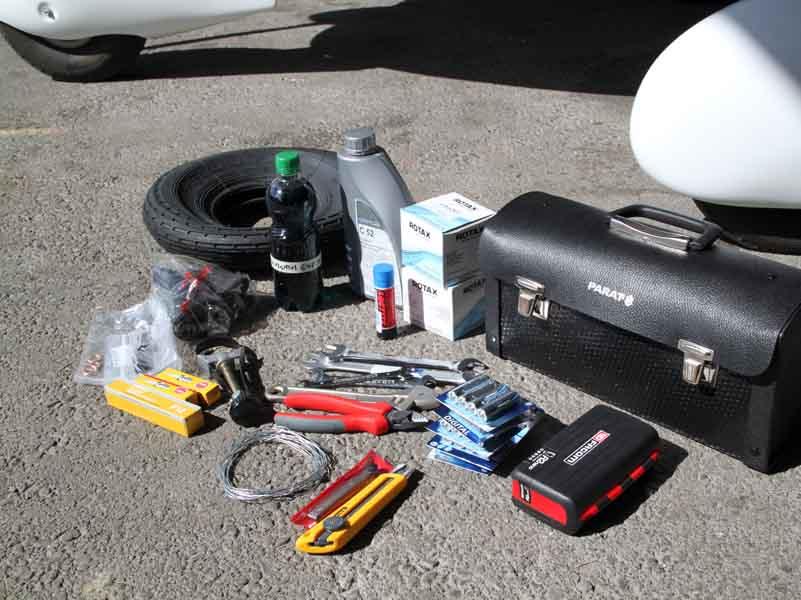 Mars 2010 : Préparation des pièces détachées et outillage