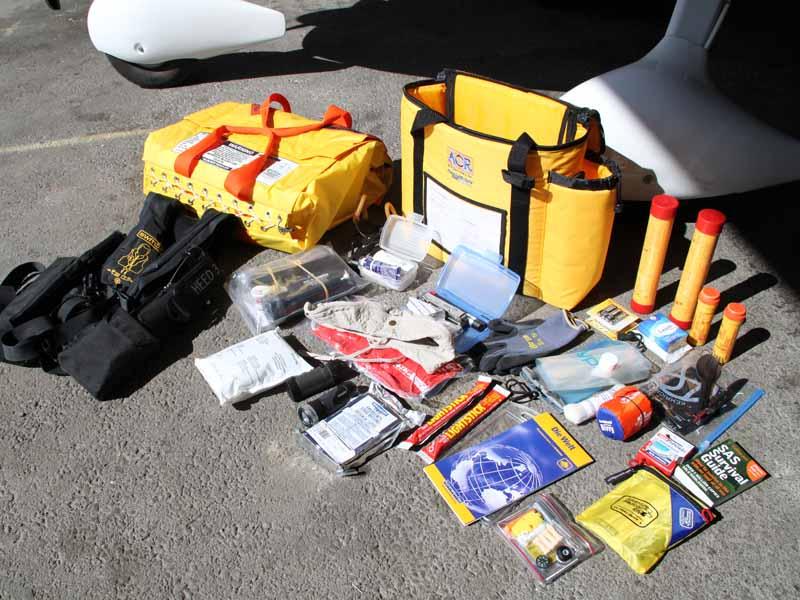 Mars 2010 : Préparation de matériel de survie